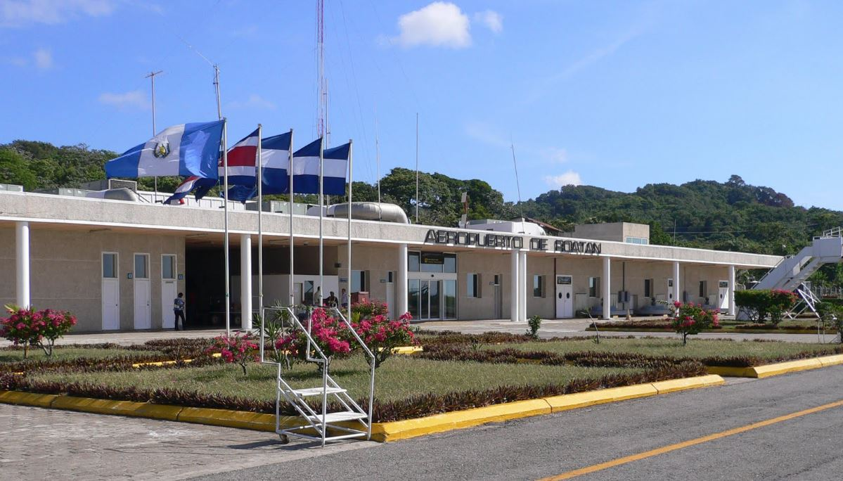 roatan-airport